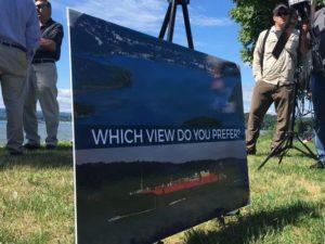 Officials: Don't make Hudson barge 'parking lot'