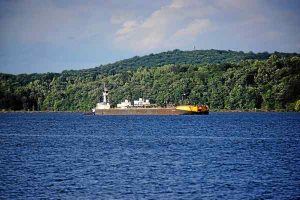 Backlash reroutes Hudson anchorage proposal