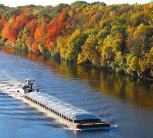 Op-Ed opposes legislation restricting oil barges on the Hudson